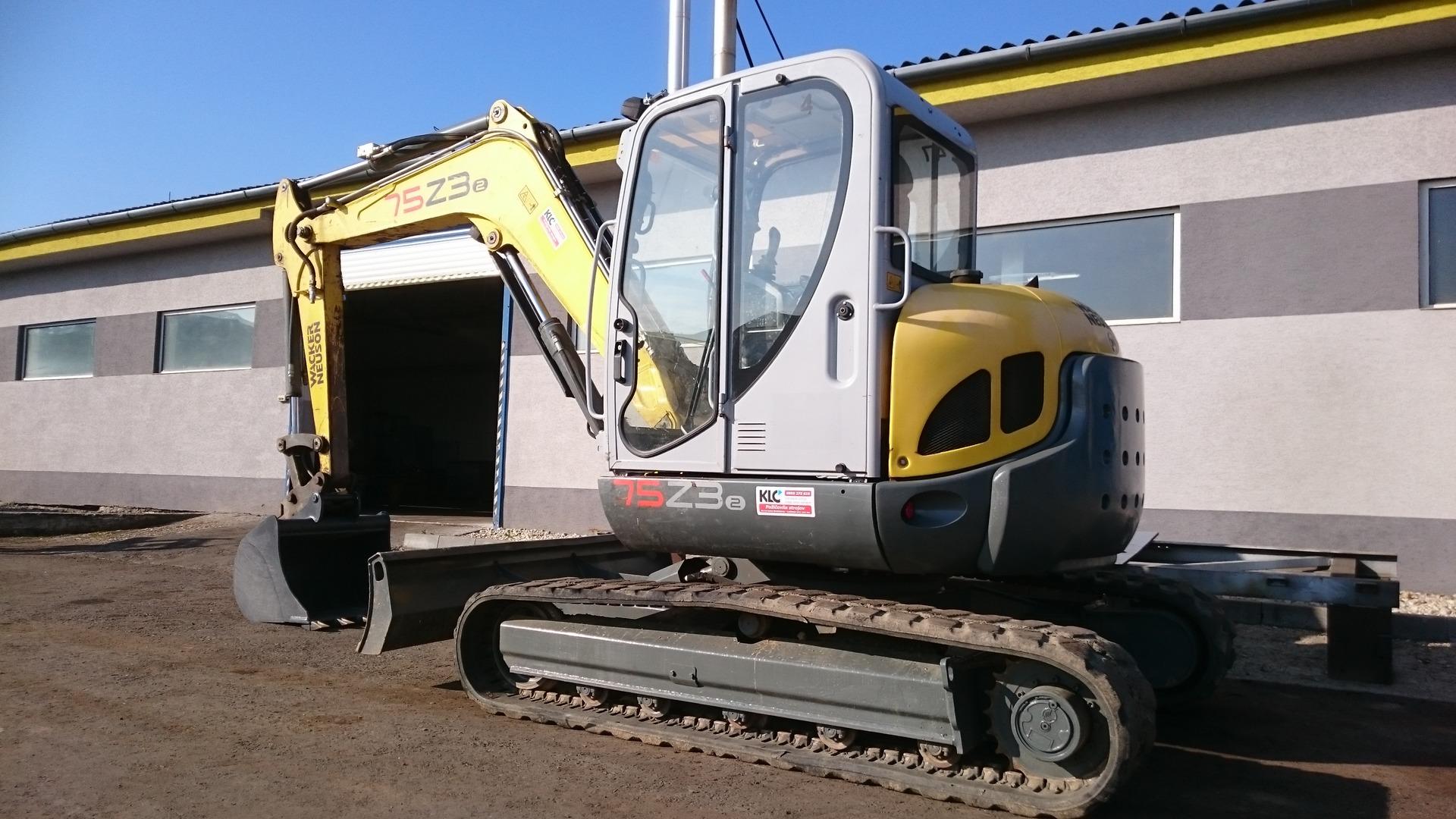 2c3bb955fd5f KLC - POUŽITÉ STROJE - Použité stavebné stroje
